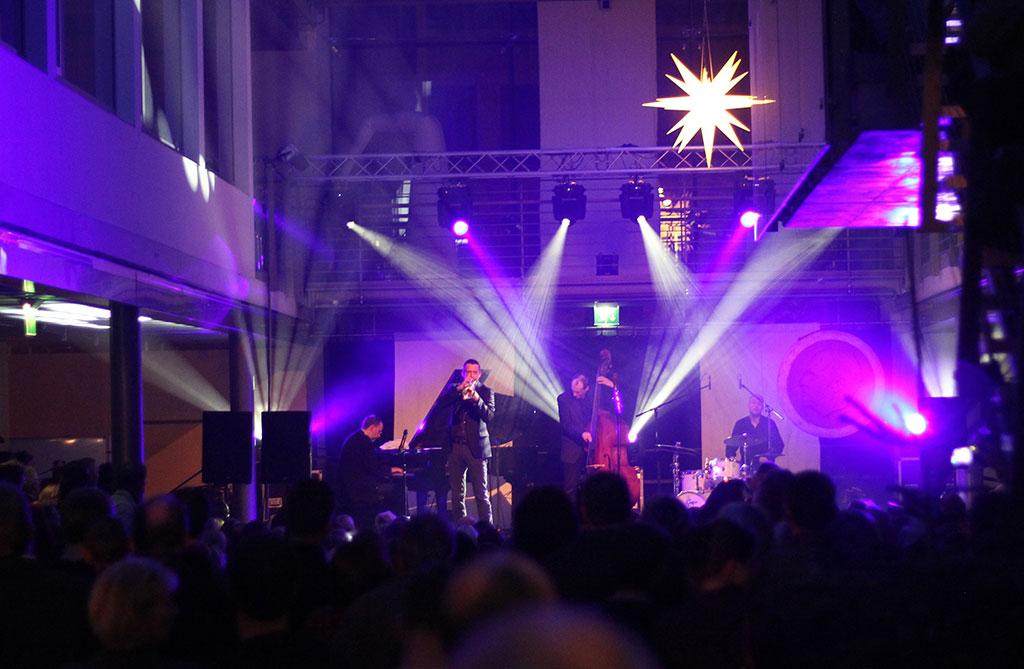 Uniklinik Dresden Konzert Lichttechnik Spotlight Music