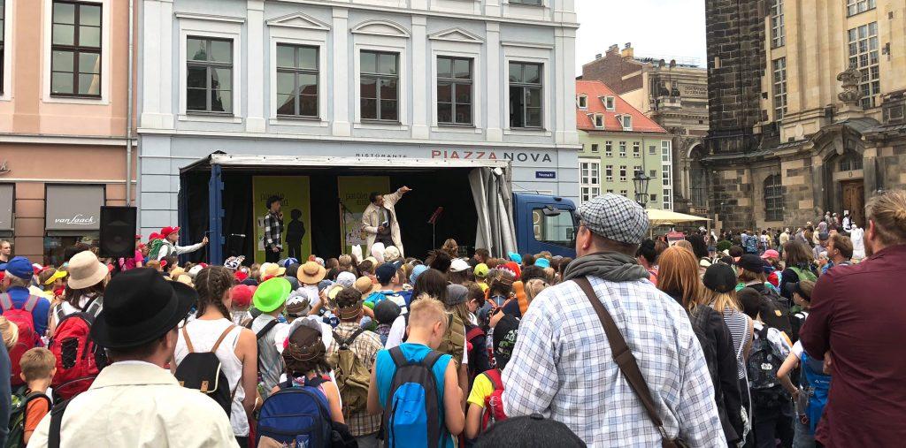 Parole Emil! Lebendige Kultur für Dresdner Kinder mit Technik von Spotlight Music